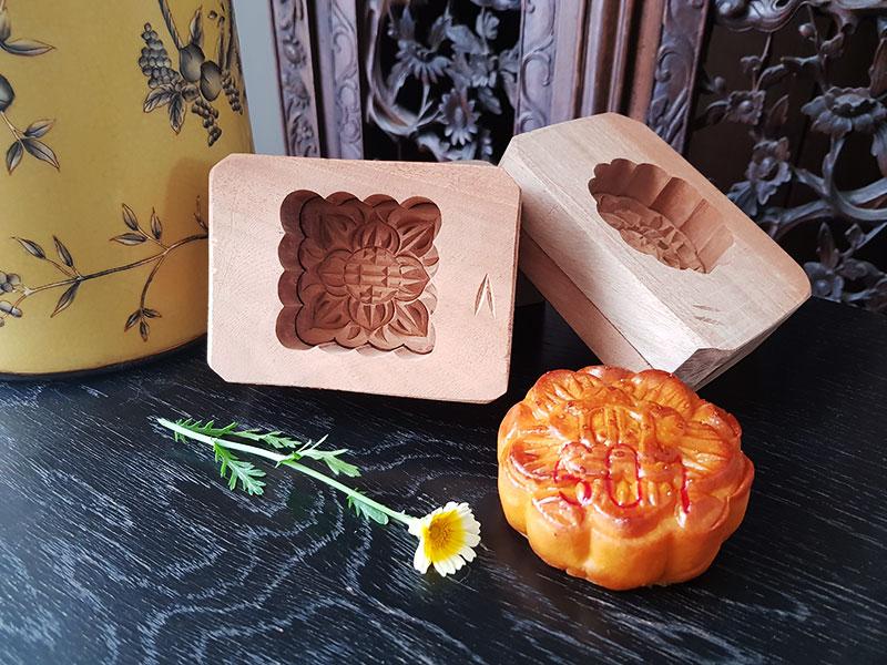 Les moules à gâteau de lune en bois de Mr Pham
