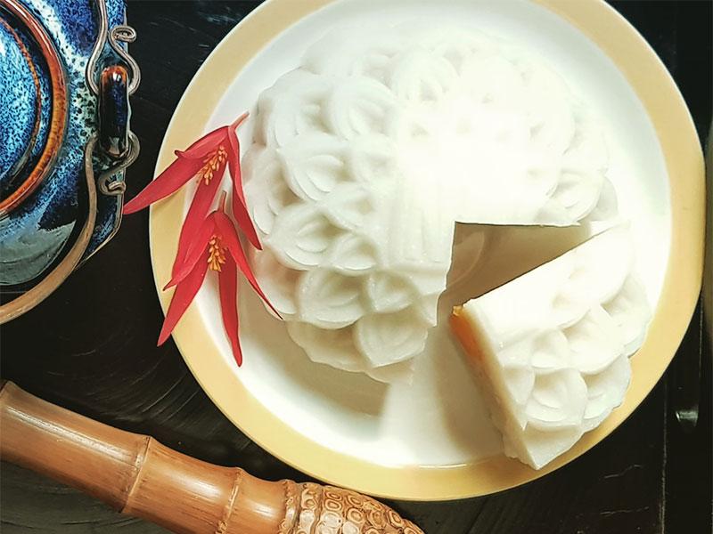 Fête de la Mi-Automne thé vientamien et gâteau de lune